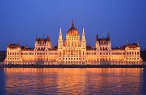 Полет + Хотел Будапеща, Унгария