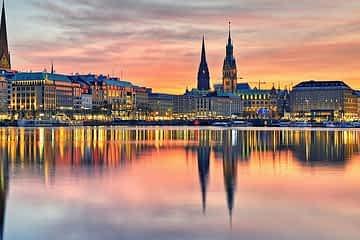до Хамбург Полет + Хотел